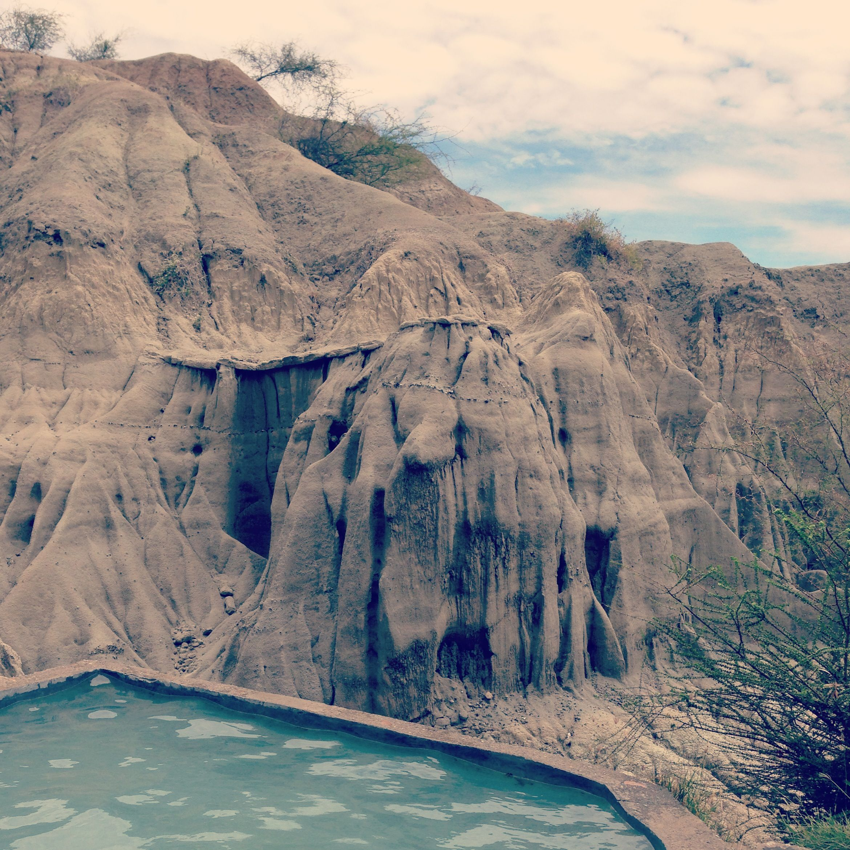 Piscina naturales en el desierto tatacoa piscinas for Piscinas naturales argentina