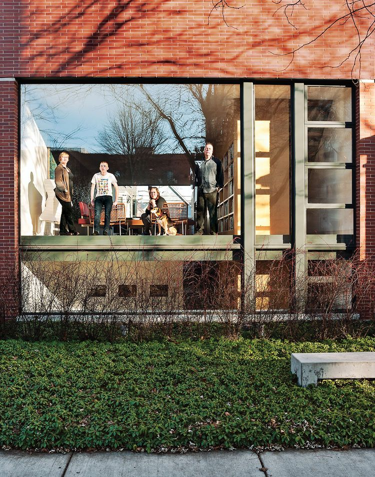 A Brick-Clad Modern Family Home in Chicago Dwell New home - resume writers chicago