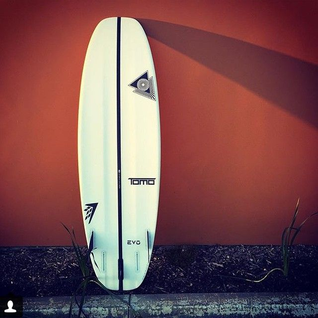 Great pic of @shaun8074 's EVO by @tomo_surfboards @firewiresurfboards for #FREEFINFRIDAY