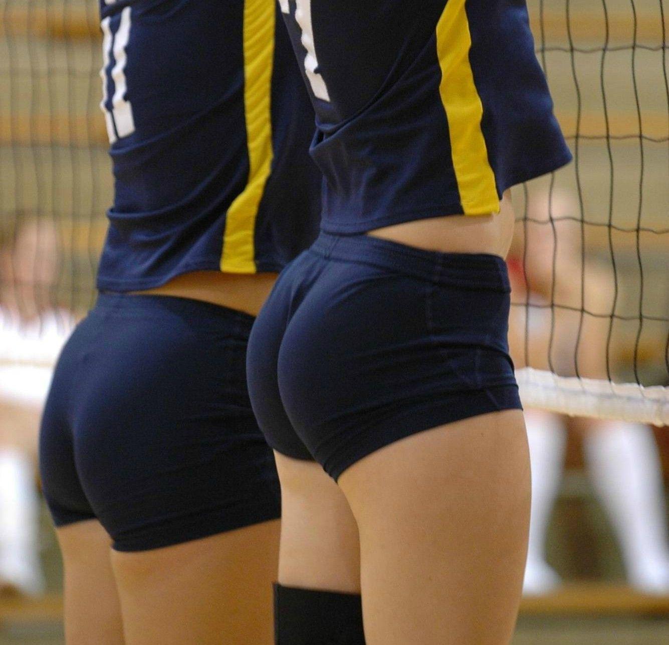 Busty women spandex shorts