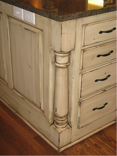 Cream Kitchen Cabinets Green Walls
