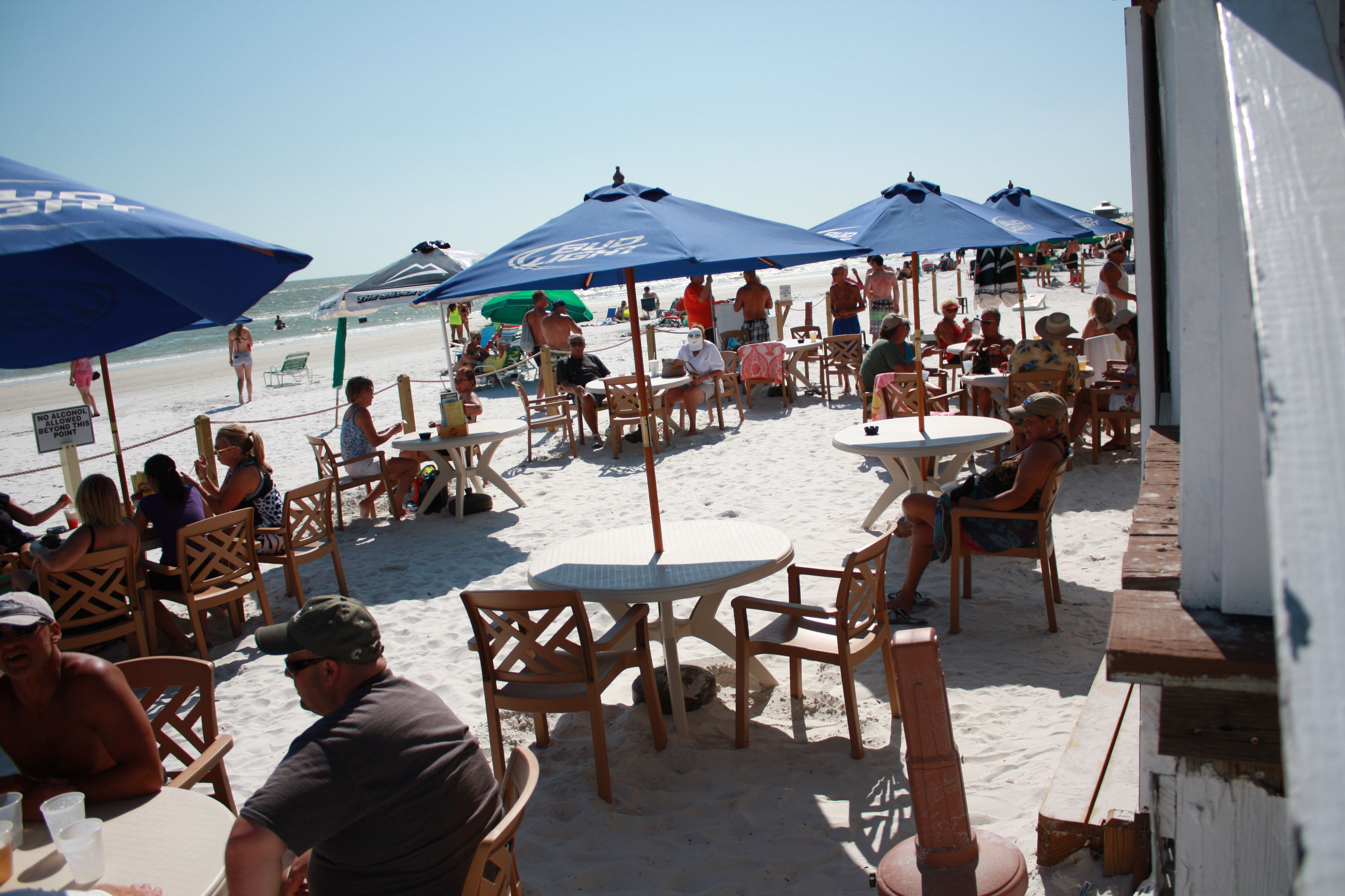 Fort Myers Beach Restaurants The Cottage Bar And Gulfs Grill