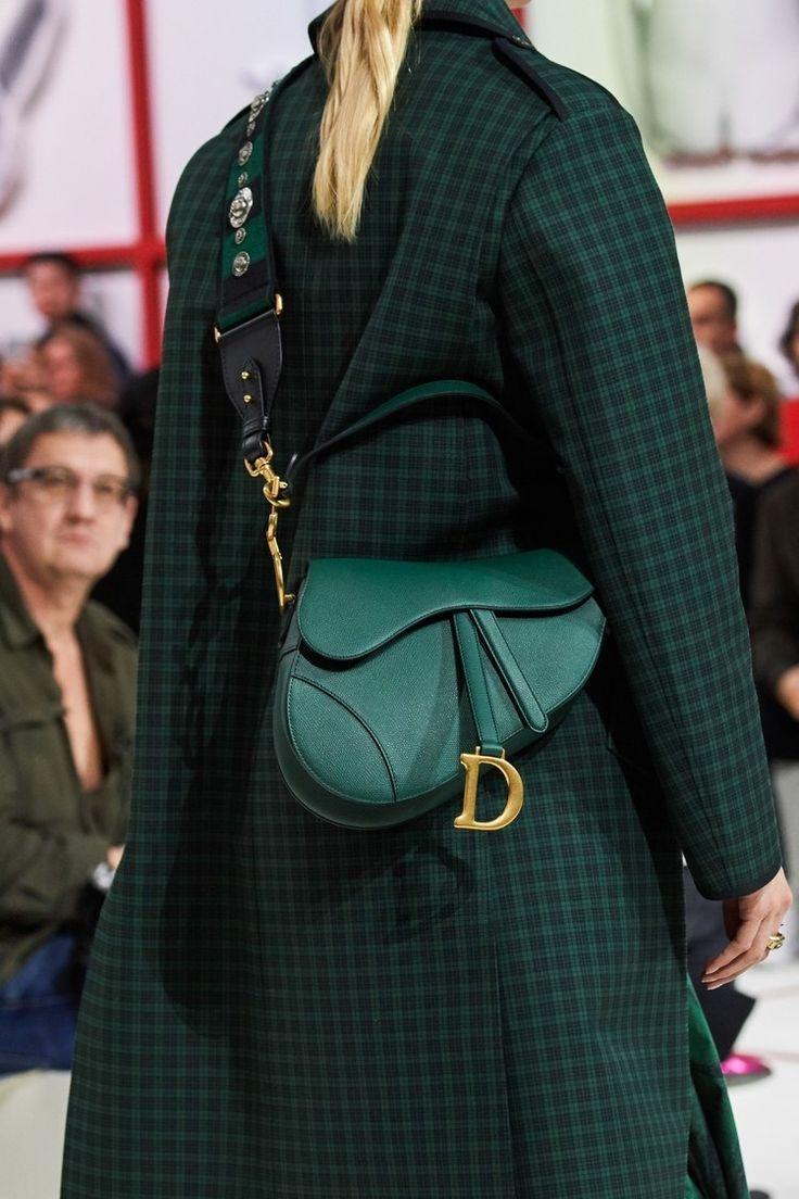 Christian Dior Prêt-À-Porter Automne-Hiver 2019-2020 - Défilés | Vogue Paris