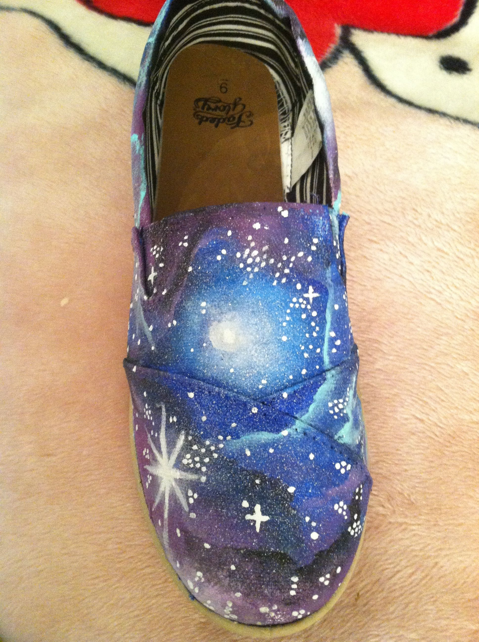 DIY Galaxy Shoe - Photo 2