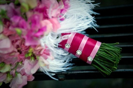 this is a pretty way to wrap flowers; love the jewel/pins.
