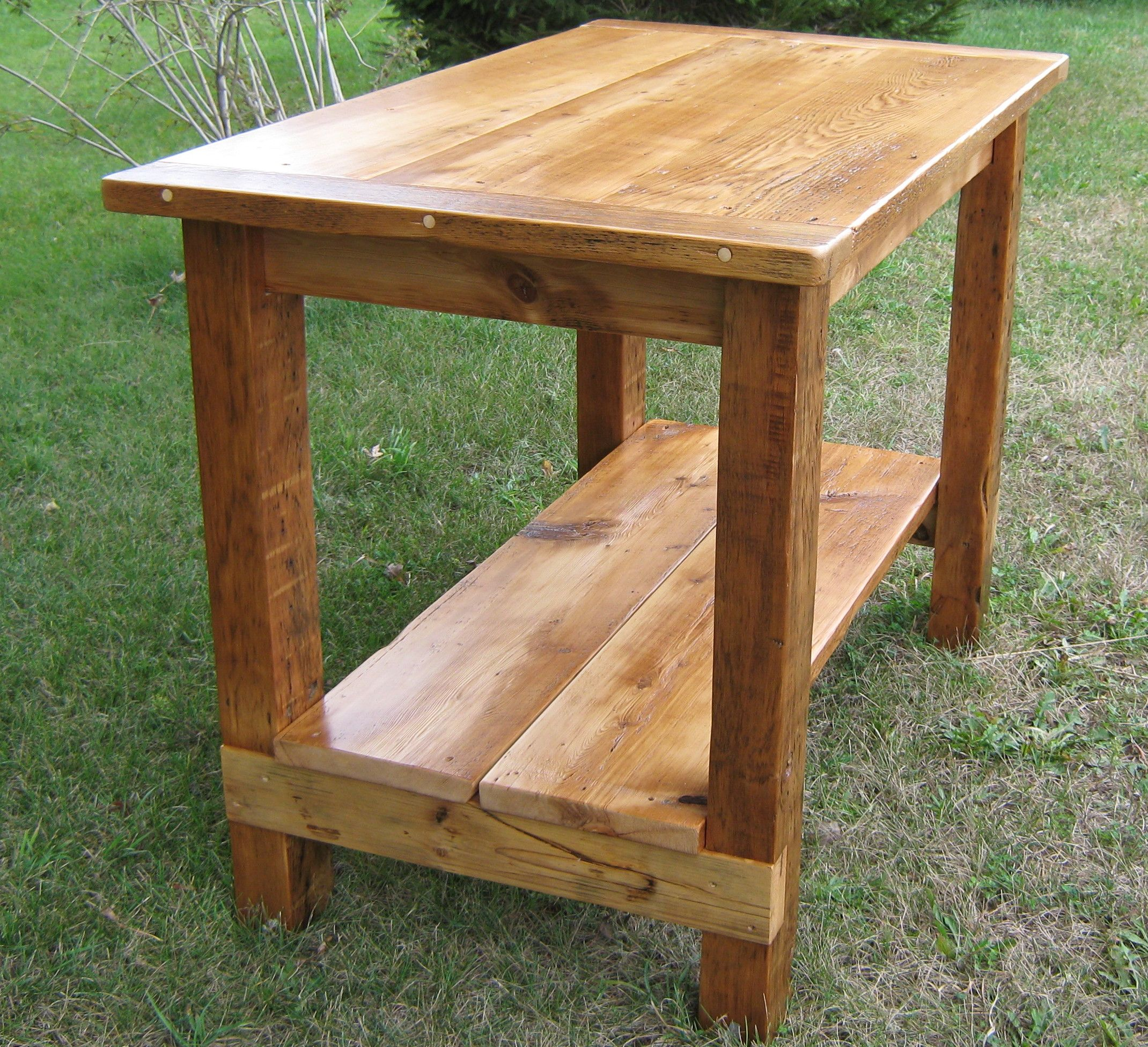 Reclaimed Wood Island...Need something really similar to this for the kitchen under the window  to have a serving top/laundry folding top/breakfast table but don't want it to take up much room this would be perfect