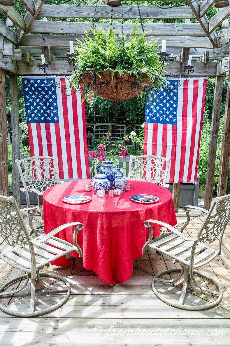Easy 4th Of July Outdoor Decorations Entertaining Diva From House To Home Independence Day Decoration Table Decorations 4th Of July Decorations