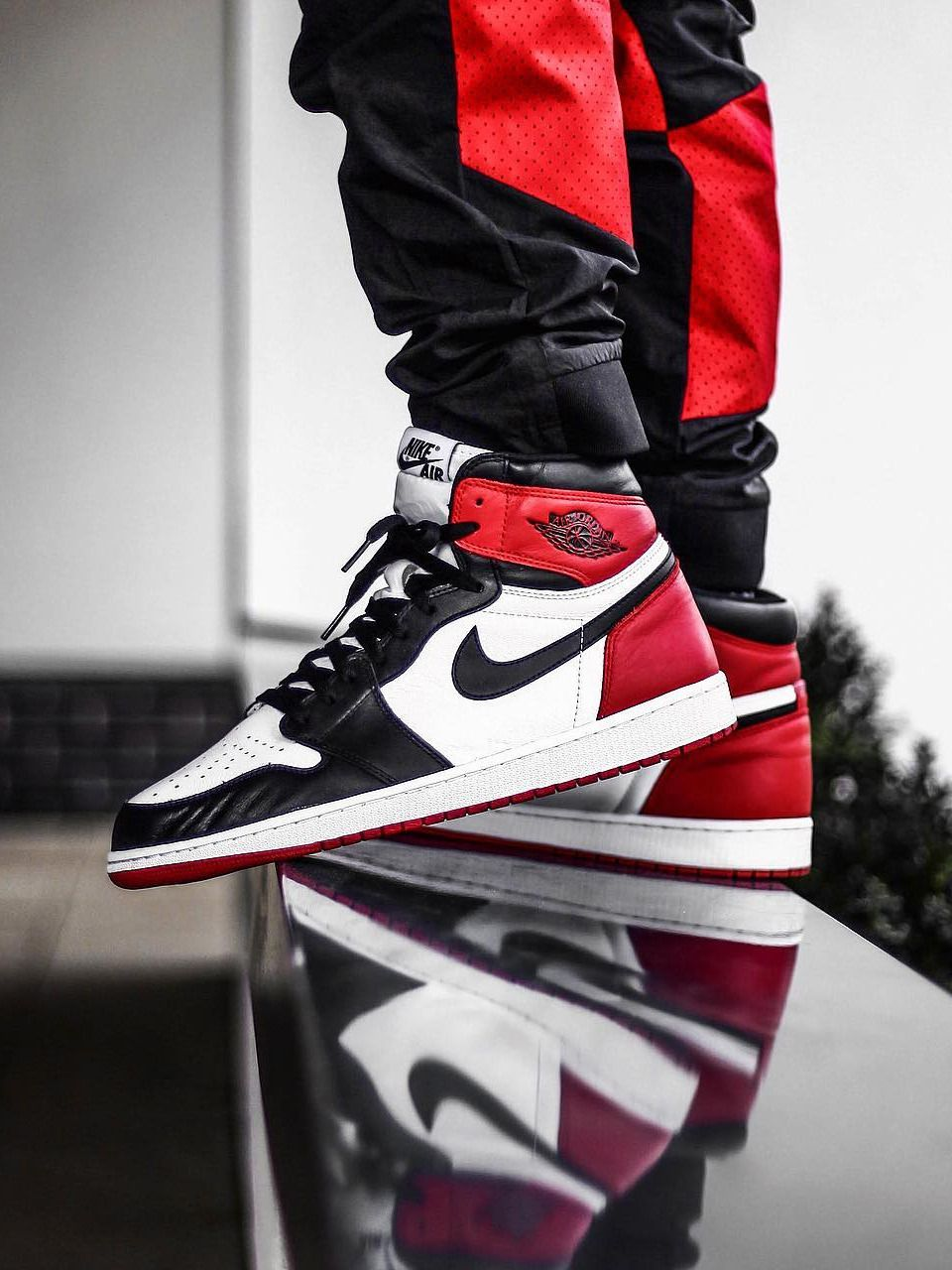 sports shoes cadbb b86f8 Nike Air Jordan 1 Retro Black Toe - 2016 (by nineteen.85)