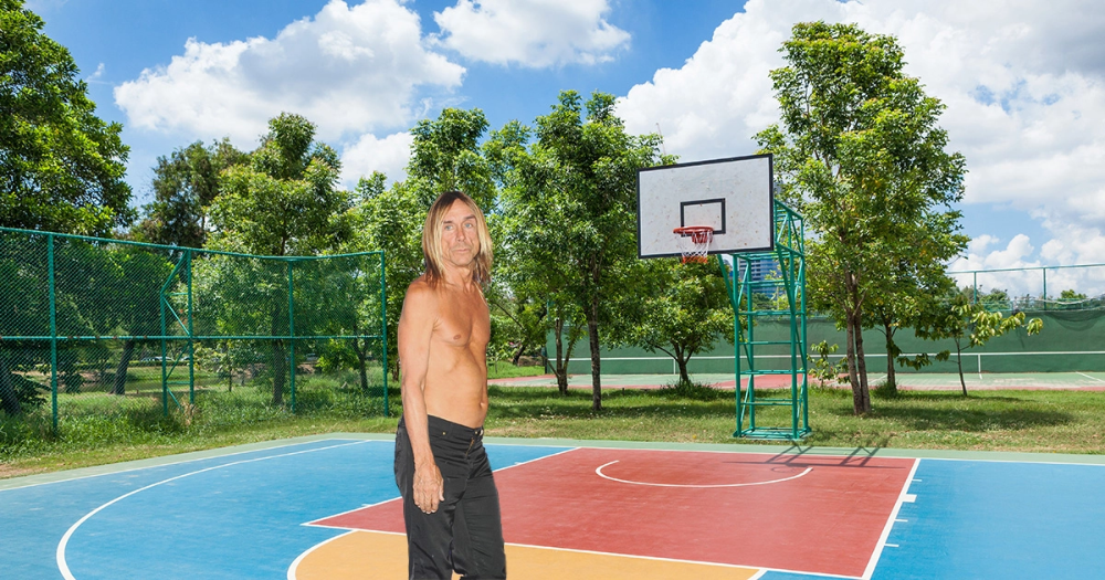 Iggy Pop Crosses Fingers During Team Selection in Shirts