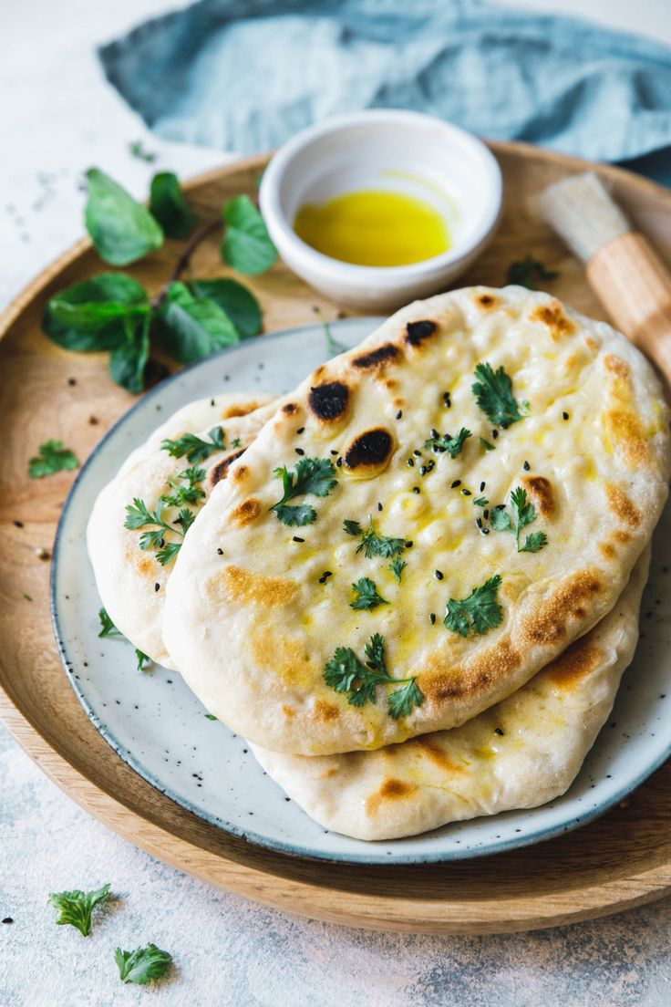 Photo of Veganes Naan Brot aus der Pfanne · Eat this! Foodblog • Vegane Rezepte • Stories