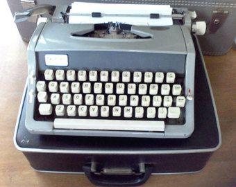 Vintage ManualTypewriter, Portable typewriter, New ribbon,Brother, needs…