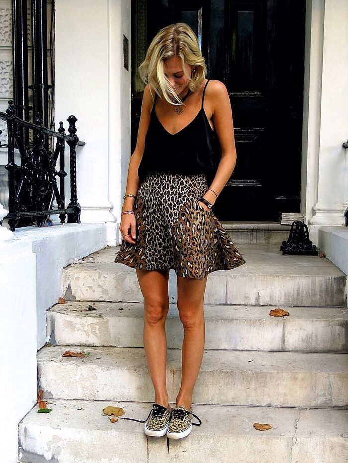 b391d4ba Leopard skirt and snickers. Black top | beauty & fashion | Fashion ...