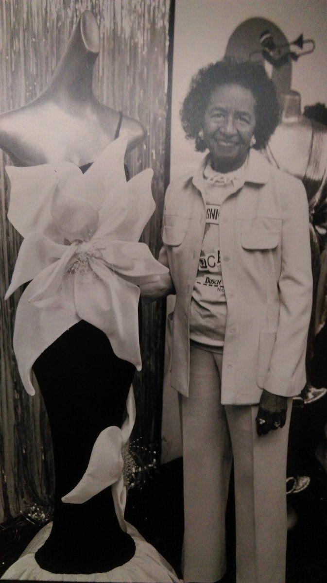 Black Fashion History Lois K Alexander Founder Of Black Fashion Museum Est 1979 Collect Black Fashion Designers African American Fashion Fashion History