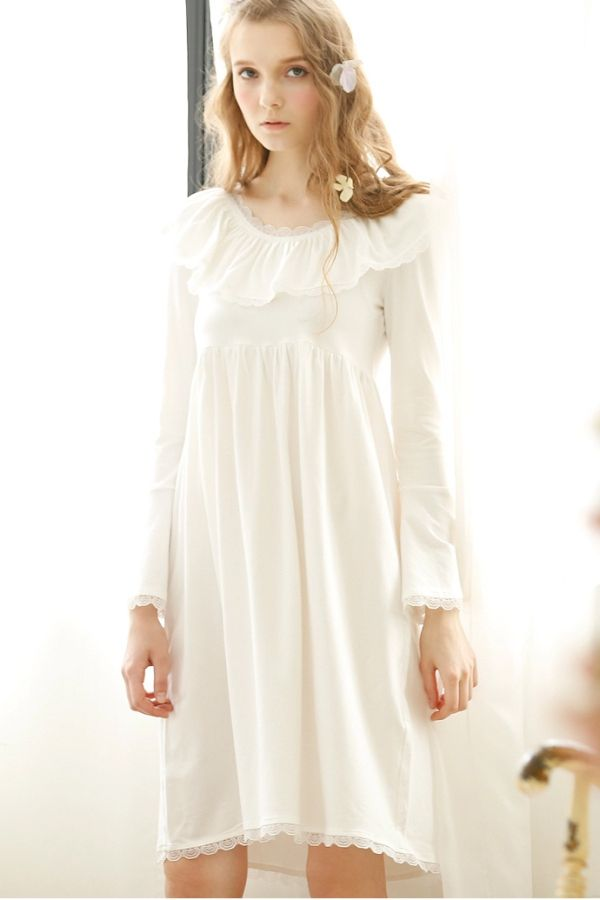Sweet Vintage White Cotton Nightgown  0ac1979b28