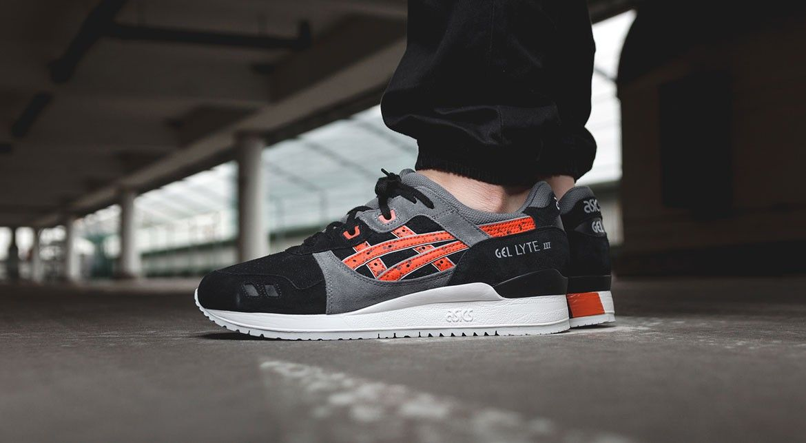 asics gel lyte 3 black chili