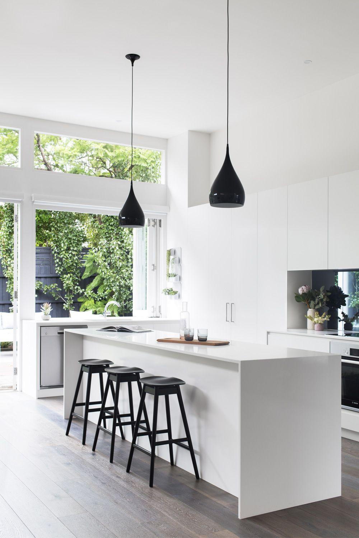 Coastal Meets Metro Kitchen Interior Design Kitchen Kitchen