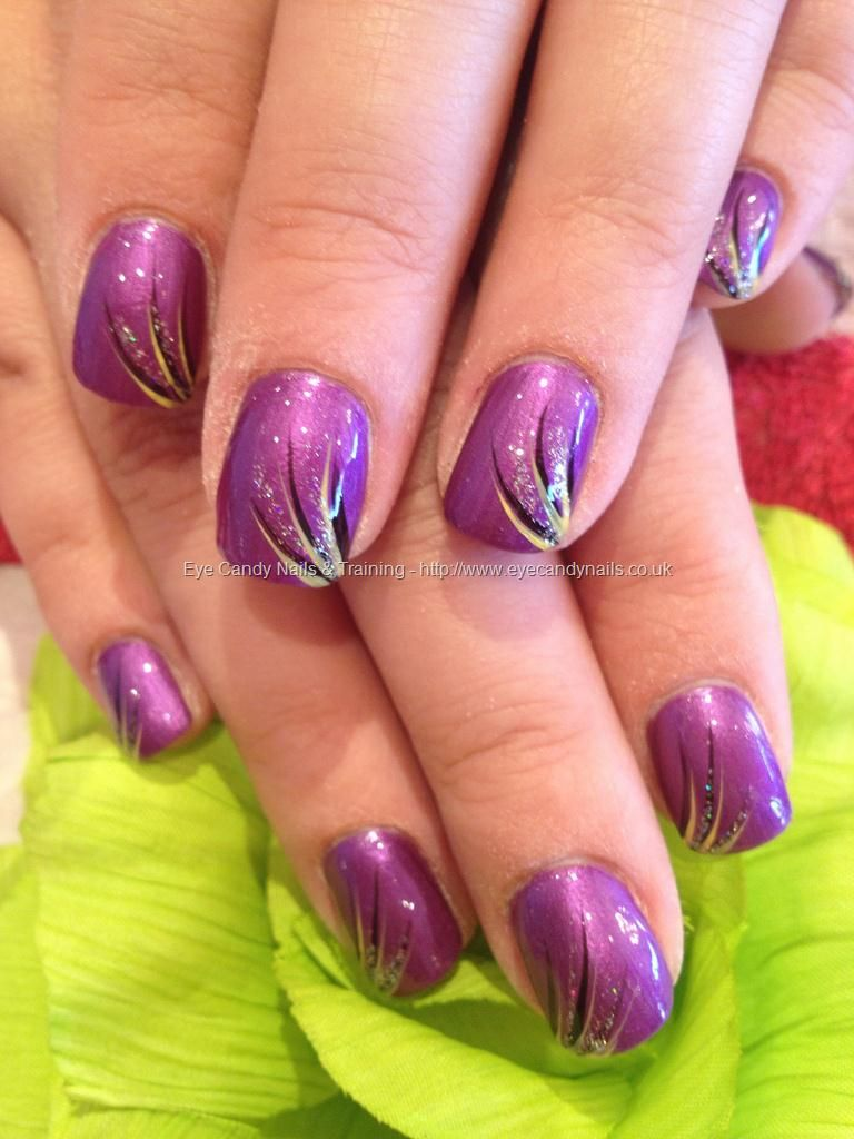 Purple polish with freehand flick nail art ... I do all my nails ...