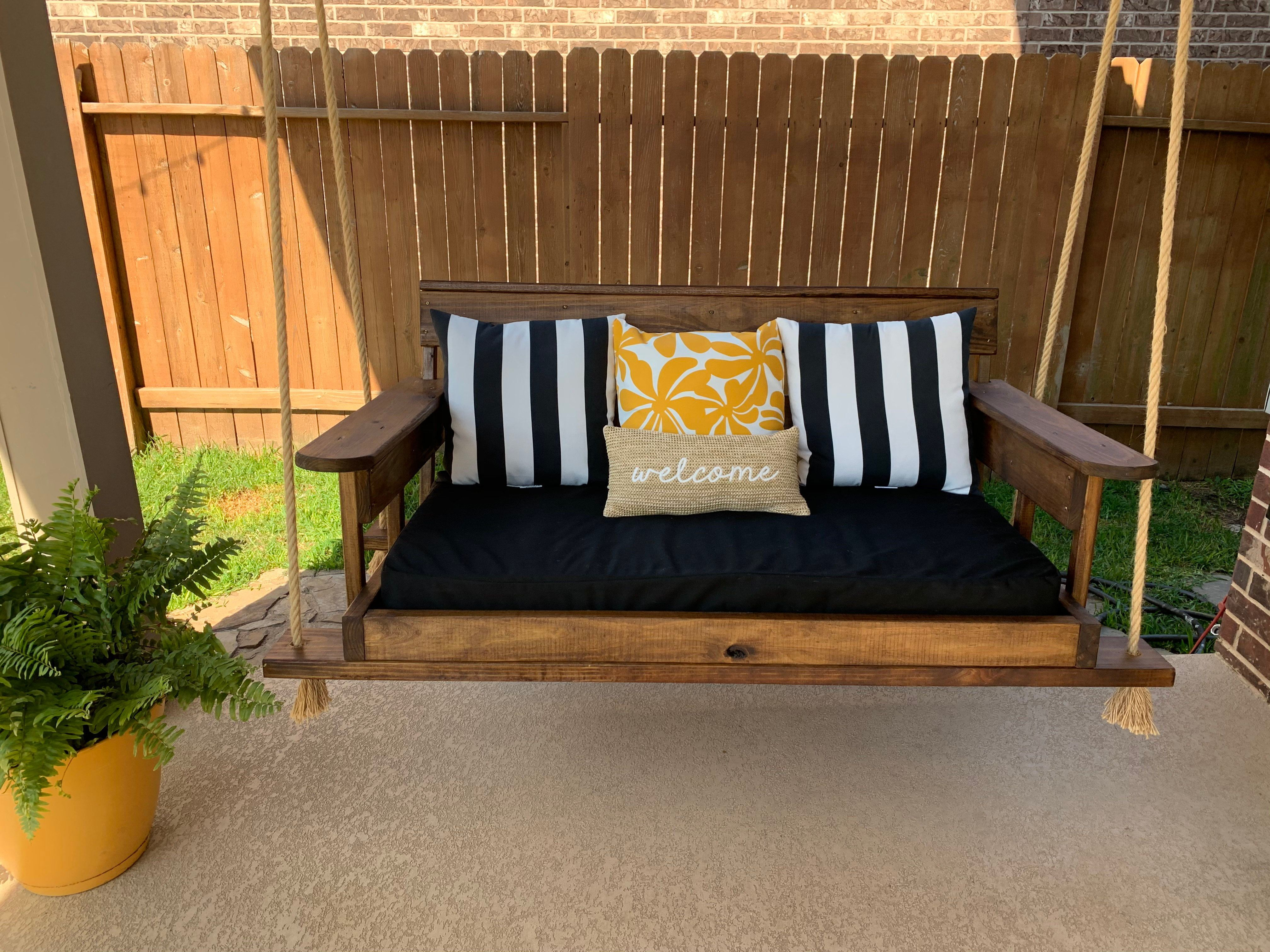 Custom Sunbrella Daybed Cover Outdoor Fabric Mattress Etsy In 2020 Porch Swing Outdoor Mattress Bed Swing