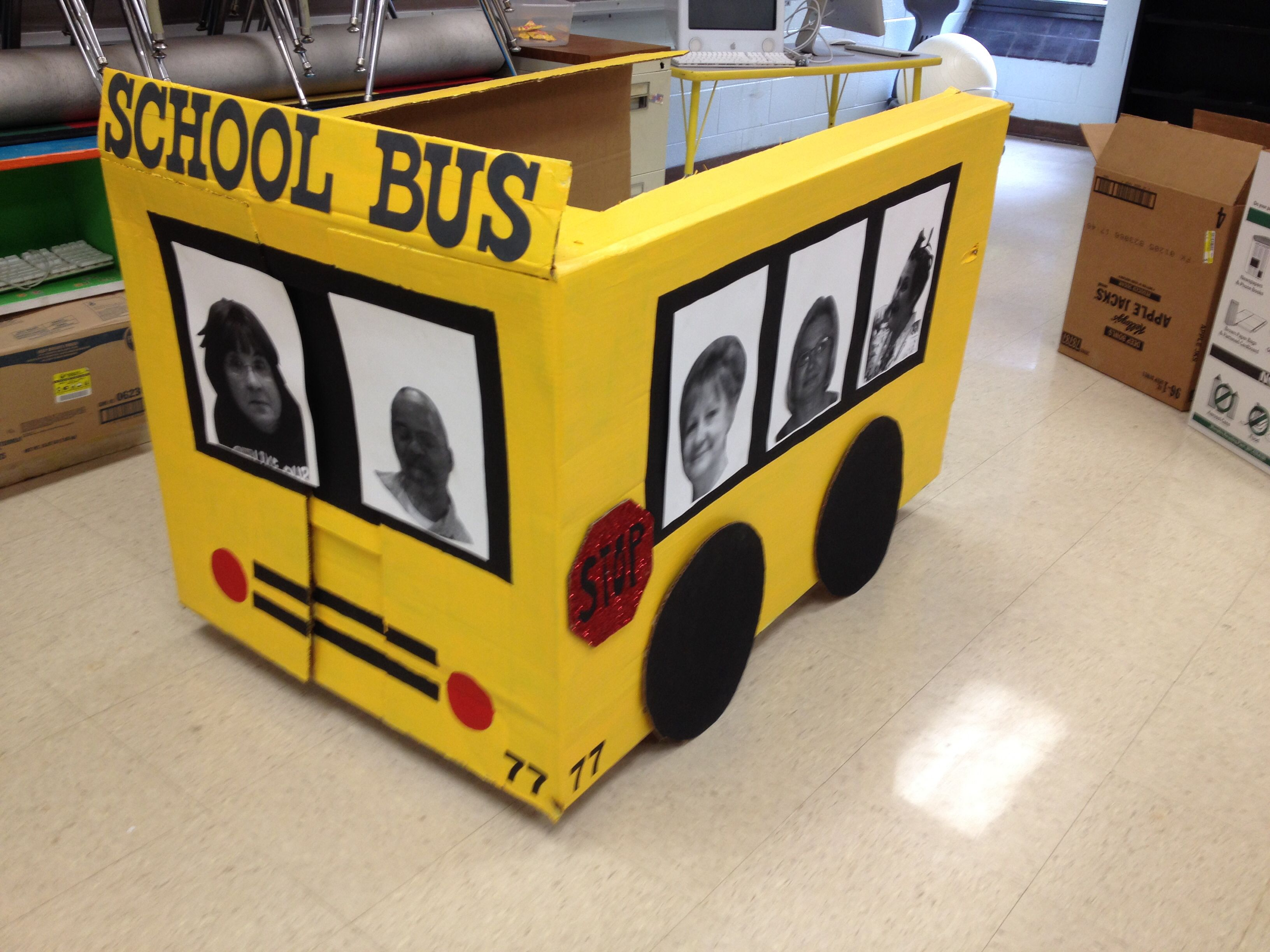 Cardboard box school bus | DIY for kids/babies | Pinterest