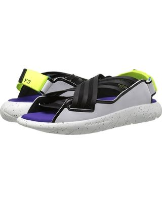 c37e0ee36d14f adidas-y-3-by-yohji-yamamoto-qasa-elle-sandal-core-black -white-solar-yellow-womens-sandals (320×400)