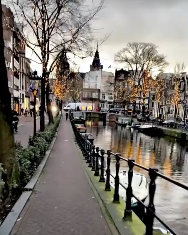 Top 10 Tourist Attractions in Amsterdam