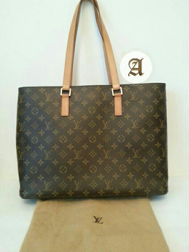 3ba2bf7687f2 Used Authentic Louis Vuitton Monogram Luco Tote Bag   aed 2