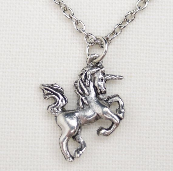 925 Sterling Silver Horse Stallion Mustang charme avec collier