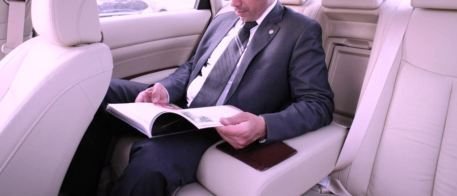 Luxury Chauffeurs In Melbourne Hire For The Right Impact Chauffeur Melbourne Cool Things To Make