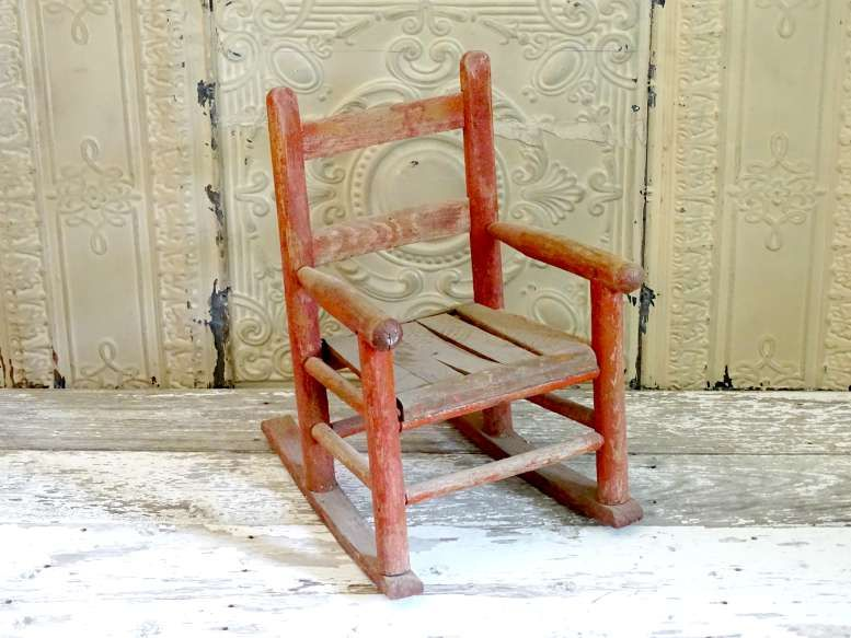 Sedie A Dondolo Depoca : Child s rocking chair vintage design rental co vdrc seating