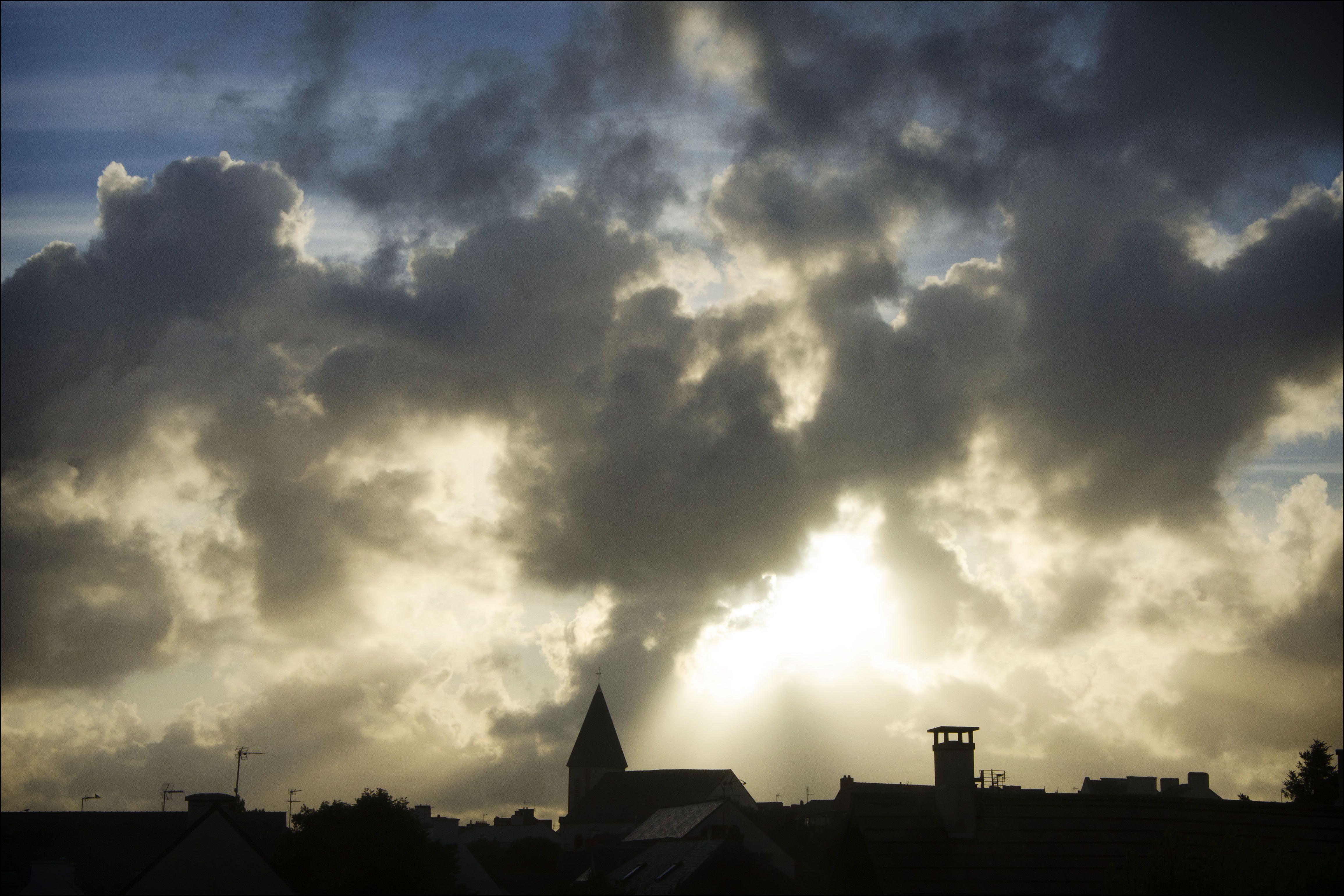 Concours Photo 2013, Callot Thierry ''Il y a de l'orage dans l'air''