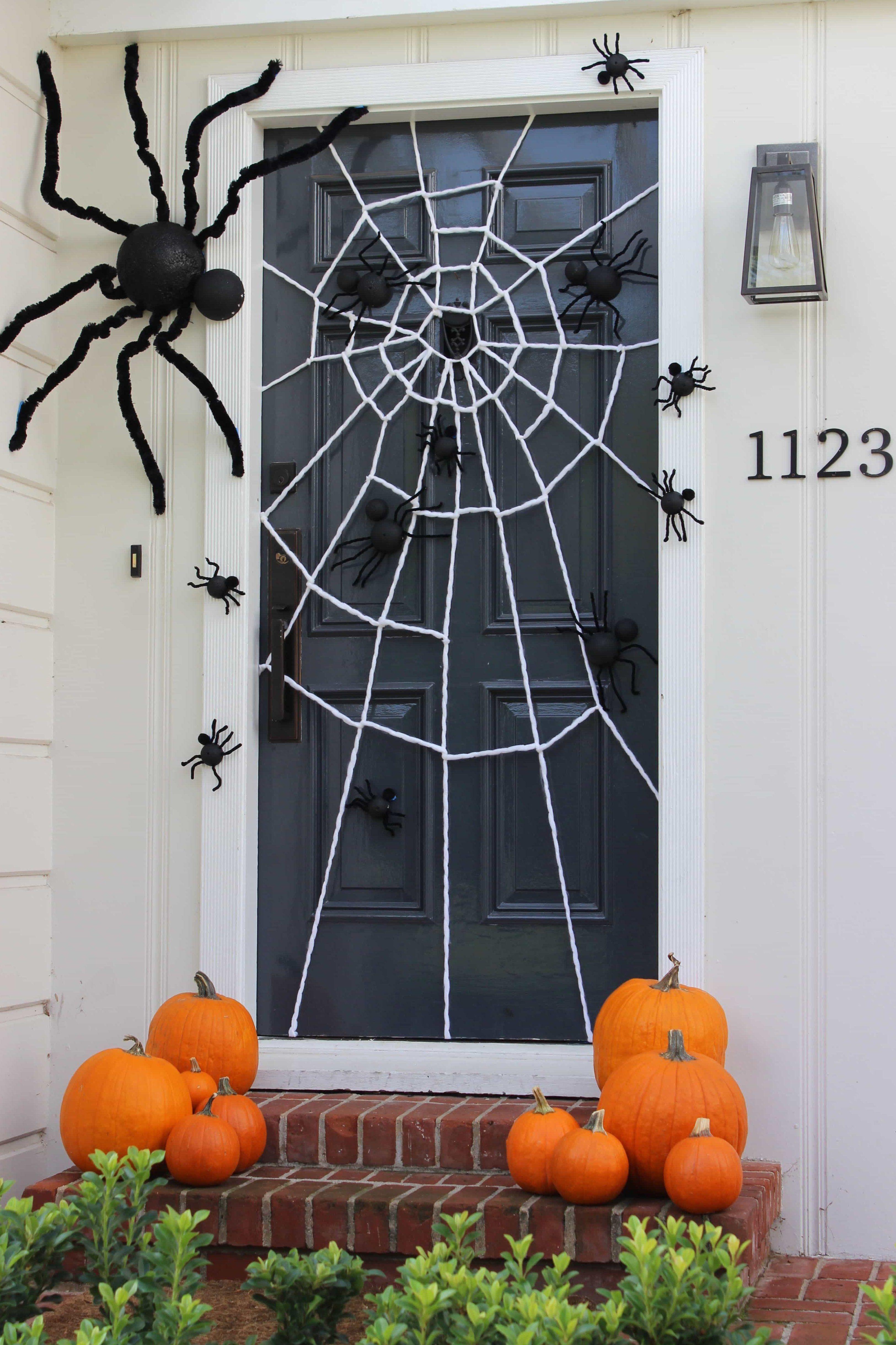 Halloween Door Decorating Ideas  Frighteningly Fabulous Halloween Door Decorating Ideas  Frighteningly Fabulous