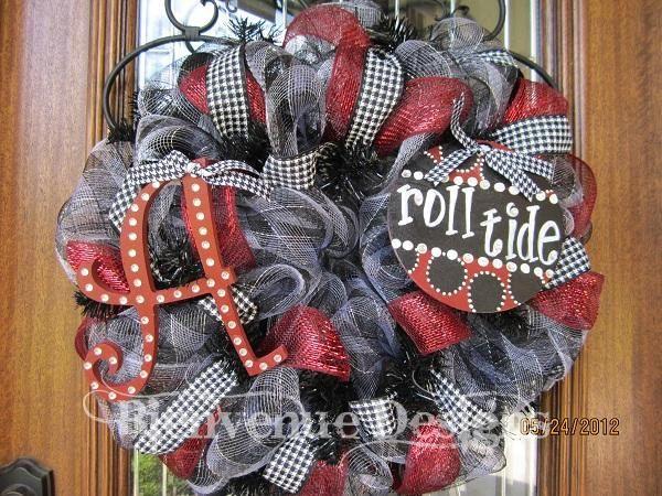 Alabama Roll Tide College Mesh Wreath by lesleepesak.  love!
