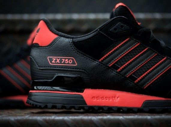 watch 26831 b1e4b adidas Originals ZX 750 Black Red