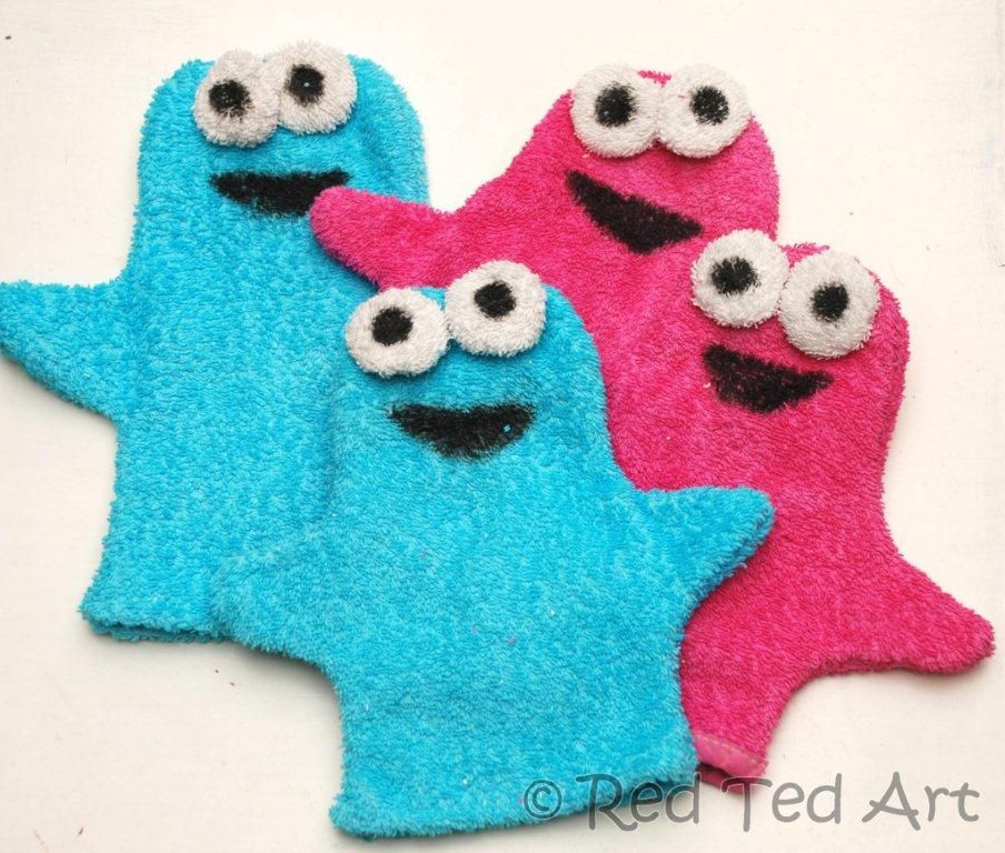 DIY Puppets. Site says Cookie Monster, but really, they look like the aliens from the Muppets.