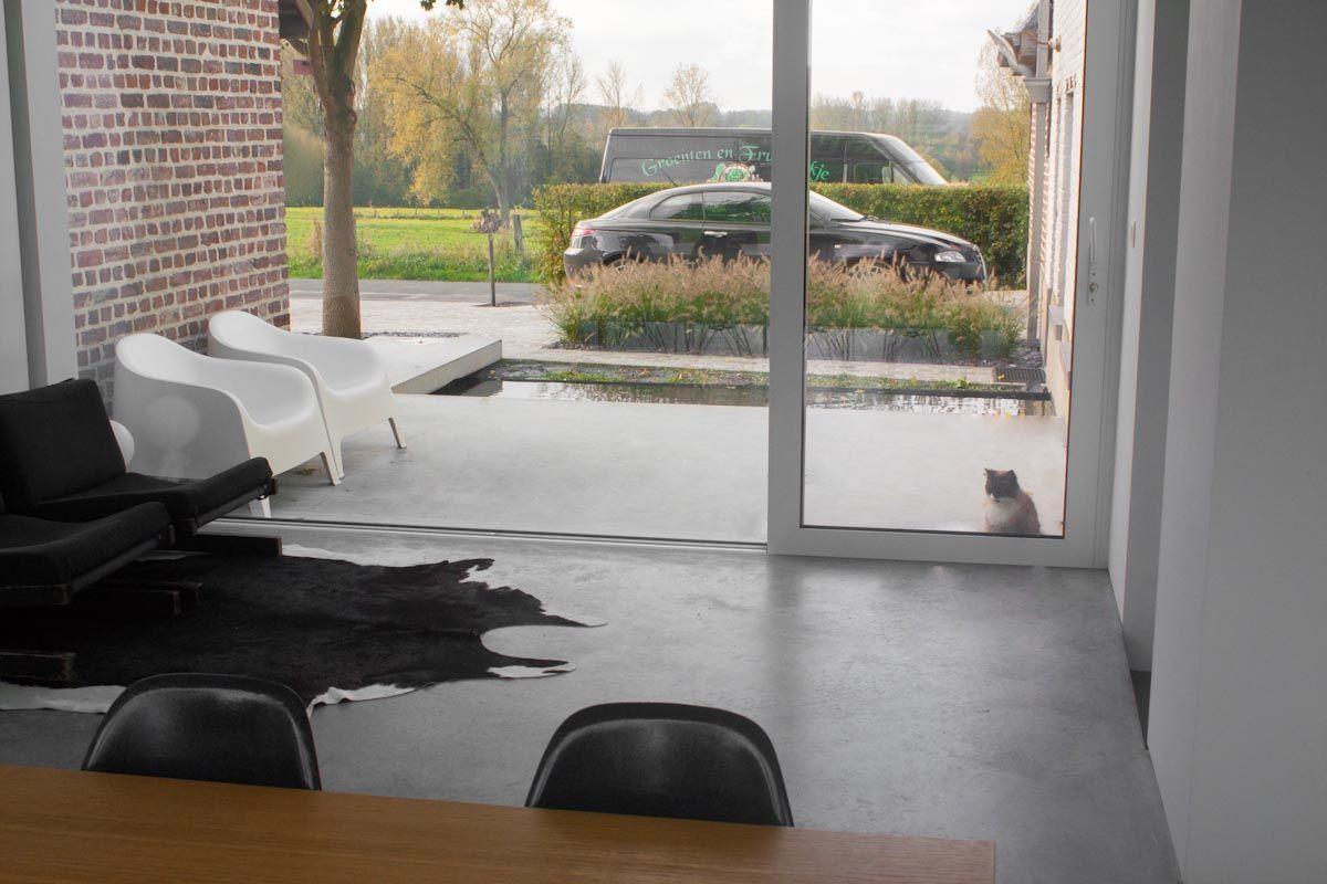 Betonvloer natuur binnen en buiten vloeren pinterest buiten natuur en vloeren - Moderne woning buiten lay outs ...