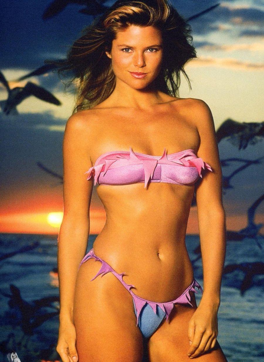 Bikini Christie Gabriel naked (85 images), Sideboobs