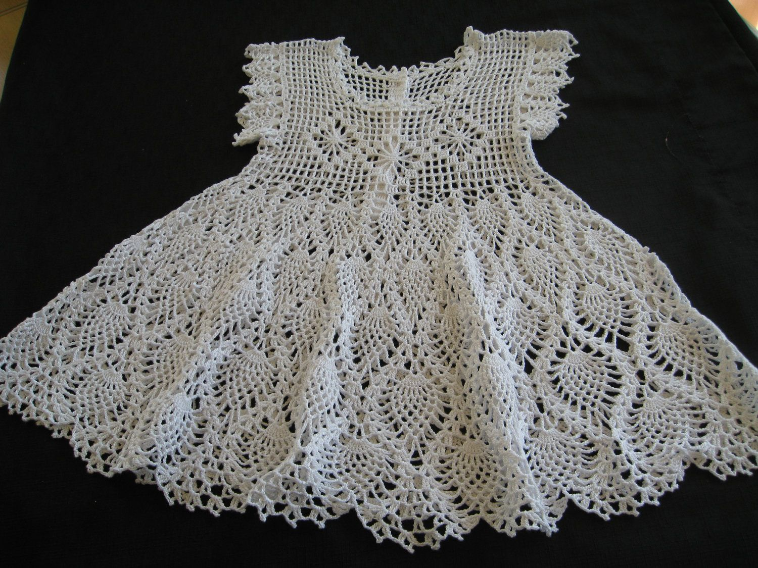 Free Crochet Baby Dress Patterns | Baby Christening Dress or Flower ...