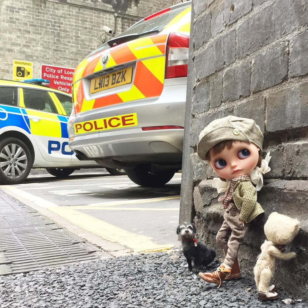 """Ooops.....I think you've really got us into trouble this time Ted!"" #trouble #police  #policecar  #arrest  #whitechapel  #london  #streetphotography  #street  #ootd #vainilladolly  #inkarno  #dewdropteddybears  #moshimoshi  #kawaii  #blythedoll  #dollphotography #WHPeyetricks"