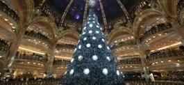 Grandi magazzini LaFayette Parigi. Grandi addobbi natalizi