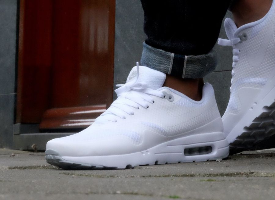 Nike Air Max 1 Ultra Essential 'Triple White Platinum