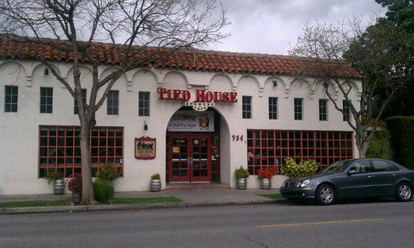 Tied House Brewery Cafe Mountain View Ca Micro Breweries In