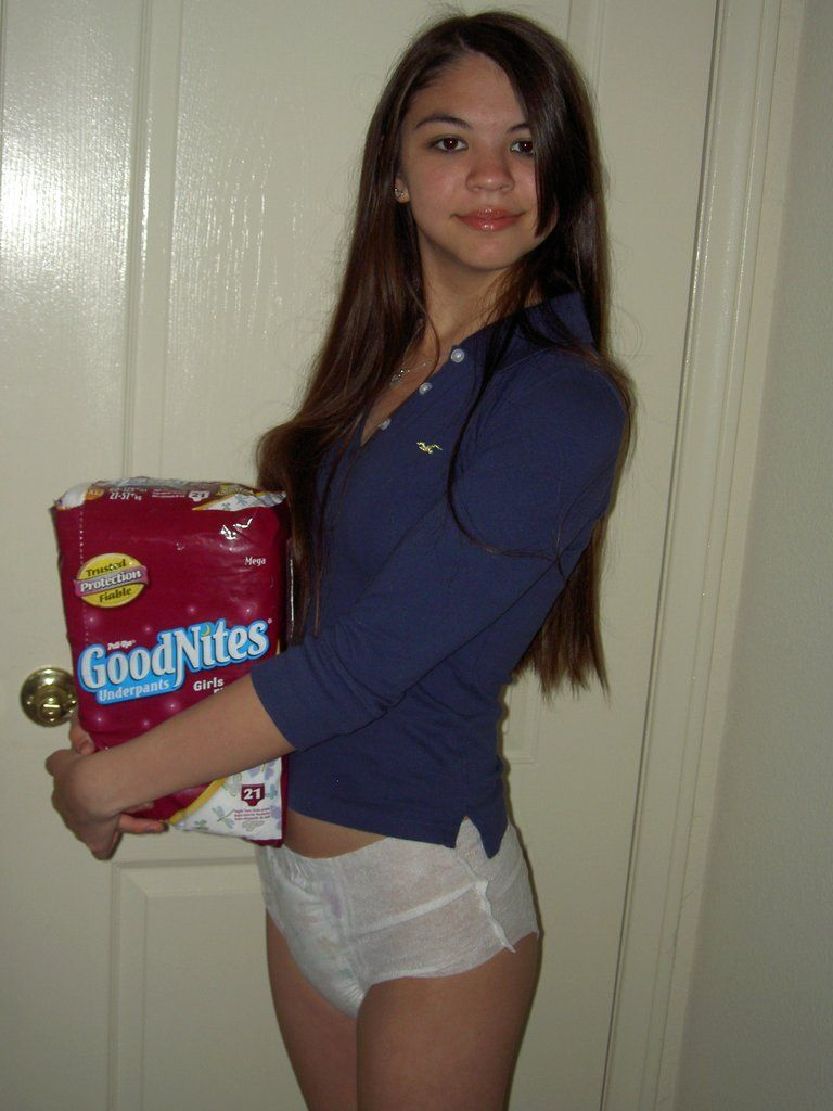 free-photos-teen-girls-in-diapers