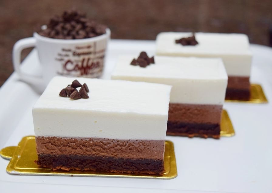 Triple chocolate mousse 1