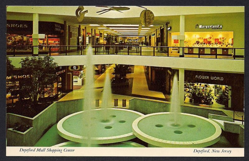 Deptford Mall Shopping Center Nj 1970s Interior With Fountains Vintage Mall Mall Of America Mall