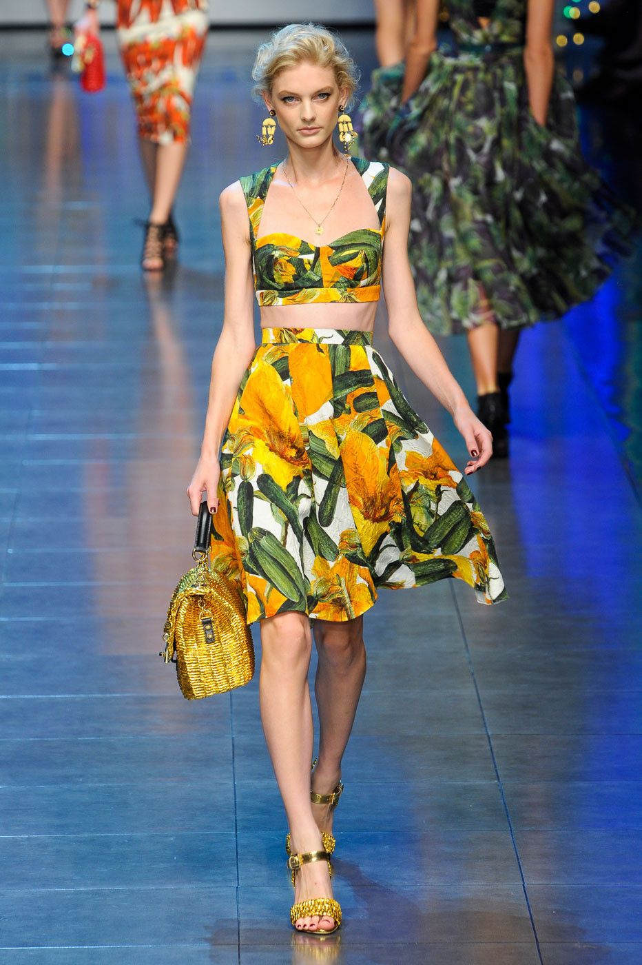 5616814e4ced56 Dolce & Gabbana - crop top and matching skirt. I loved this look way back  when after seeing blue hawaii. The female lead would unwrap her skirt to  reveal ...