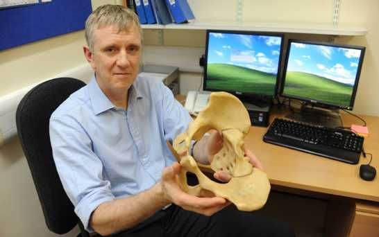 Cancer patient Receives first 3D Printed Pelvis