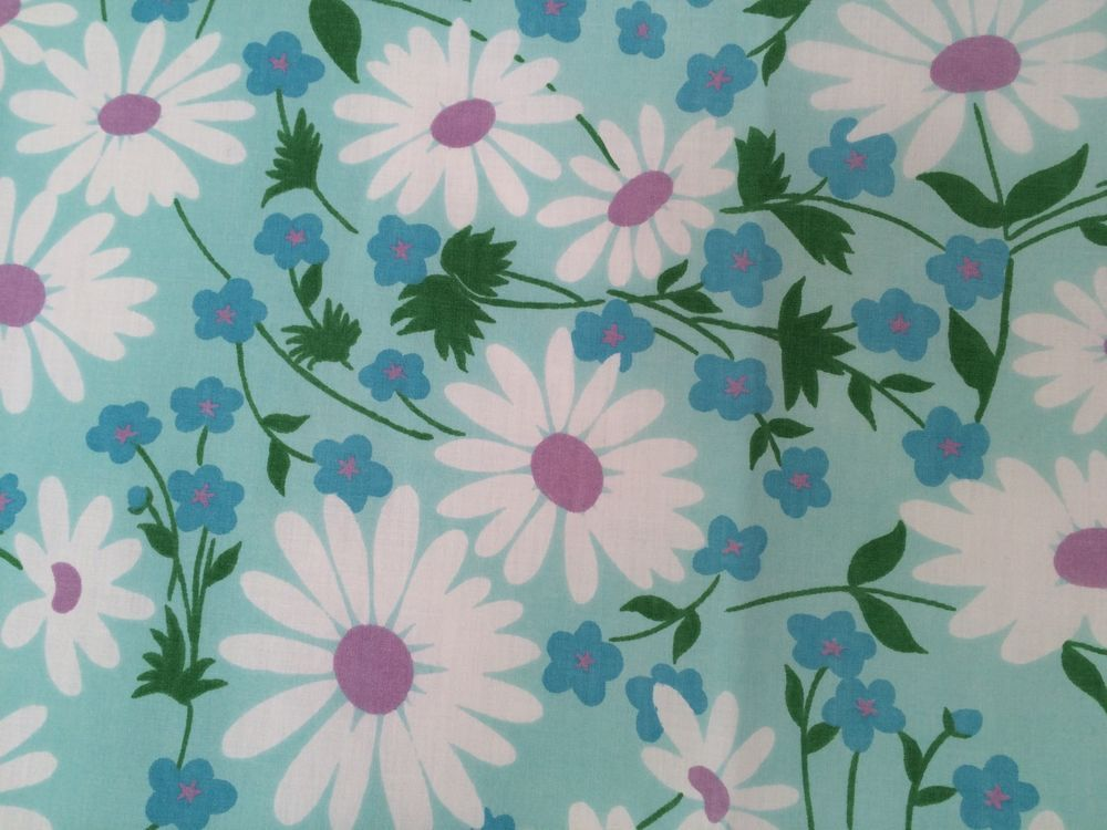 vintage fieldcrest coordinated fashion for bed and bath perfection noiron percale polyester cotton white daisies with purple centers blue