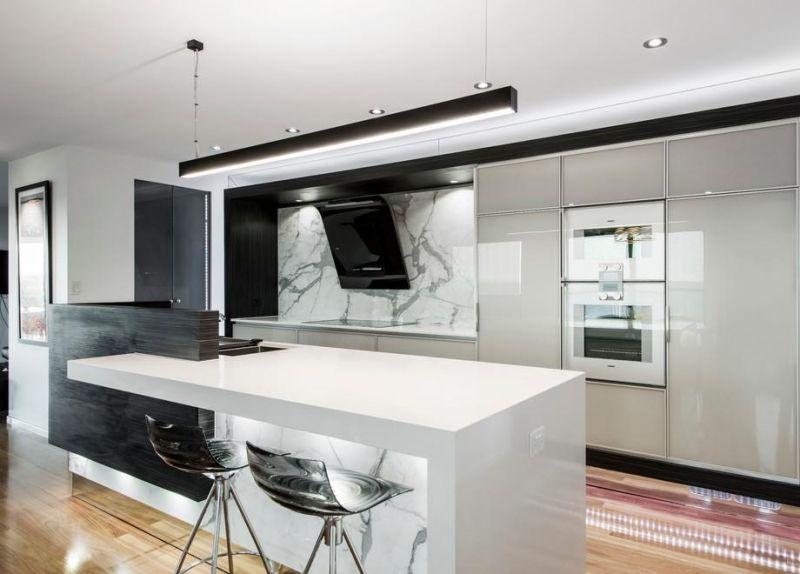 Moderne Dunstabzugshaube Als Blickfang In Der Kuche 100 Design