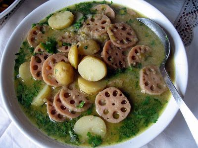 Chachi's Kitchen: Coconutty Lotus Root Curry