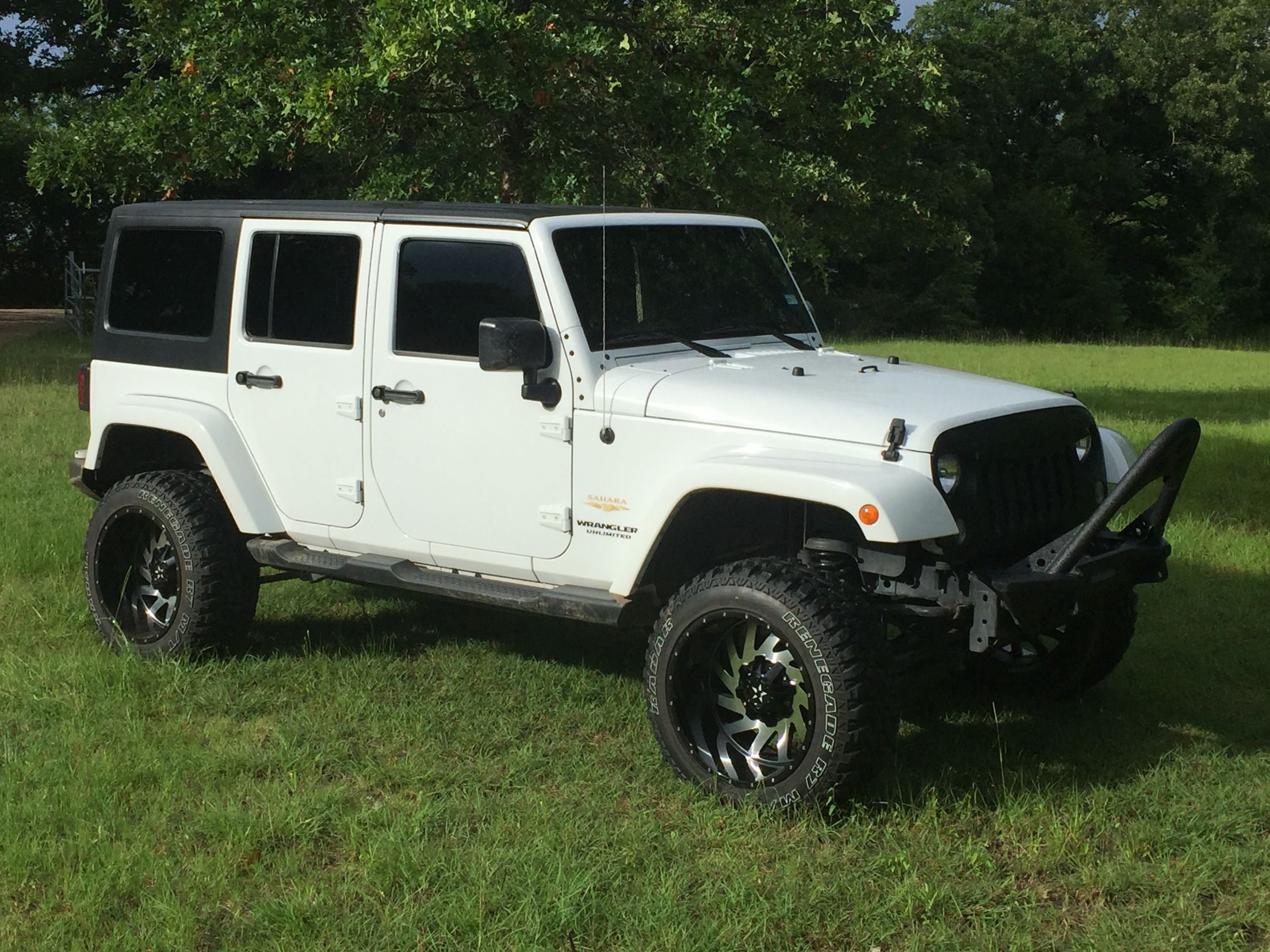 Jk With 4 Lift 12 X 20 Wheels And 33 Mt Tires Jeep Truck Jeep 20 Wheels